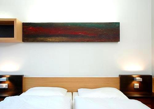Hotelzimmer Balance im Hotel Zugrücke Grenzau Doppelbett Heiderich Architekten Lünen