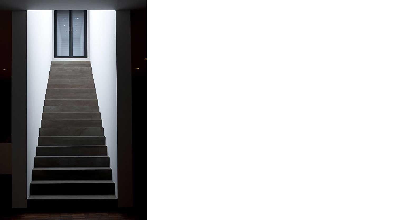 Heiderich Architekten, Lünen, Haus P, Dortmund Ahlenberg, Treppe Mondlicht