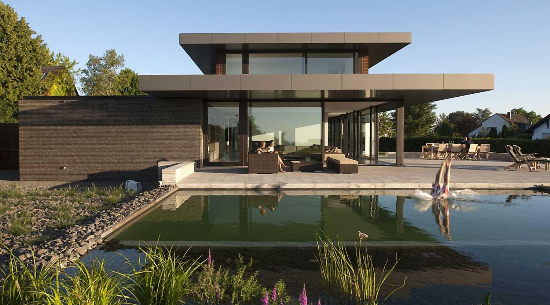 Heiderich Architekten, Lünen, Haus P, Dortmund Ahlenberg, Nordfassade mit Pool