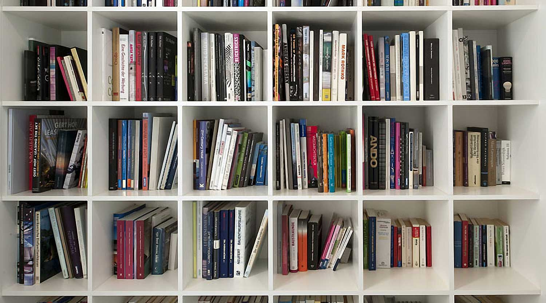 Heiderich Architekten, Lünen, Haus P, Dortmund Ahlenberg, Bücherwand